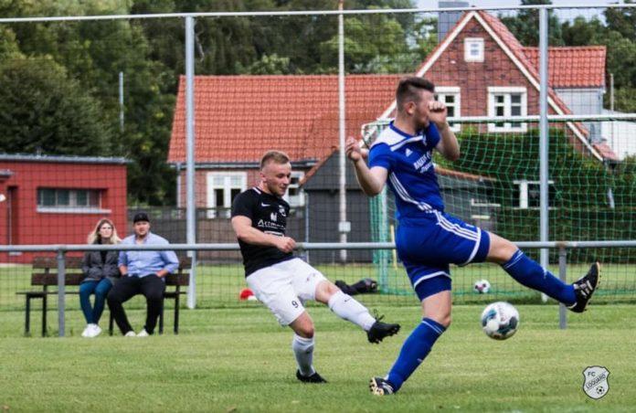 FCL-Stürmer Hauke Potinius lieferte eine läuferisch und kämpferisch starke Partie, belohnte sich jedoch nicht mit einem verdienten Treffer. FCL-Bild: Reiner Poets