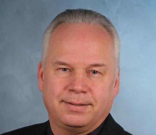 Jan-Berndt Swyter ist nach 25 Jahren zurück als Schiedsrichter auf den Fußballplätzen der Region.