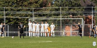 Löchrig: Unsere Loquarder unterlagen Frisia Emden mit 0:3. FCL-Bild: Reiner Poets