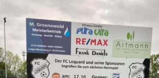 Unser Vereinsvorsitzender Joachim Harberts mit einem besonderen Neuzugang: Unserer Ersten FCL-Schiedsrichterin Bianca Hecken. Bild: Thorsten Zeiß